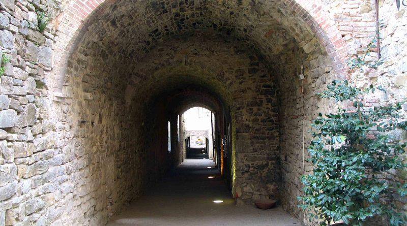 Via delle Volte in Castellina in Chianti (Siena)